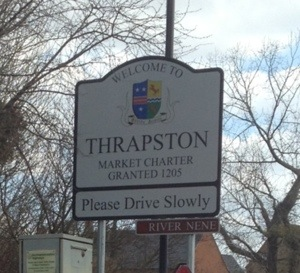 Thrapston town sign