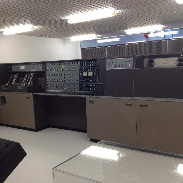 Dunedins first computer!