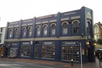 The bog Irish pub, Dunedin